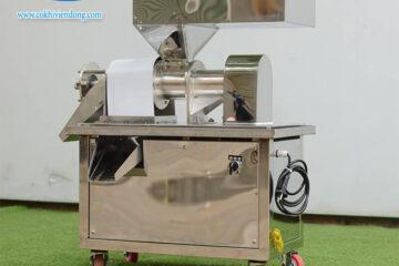 Máy ép nước cốt dừa giá bao nhiêu? Mẹo chọn máy ép cốt dừa tốt