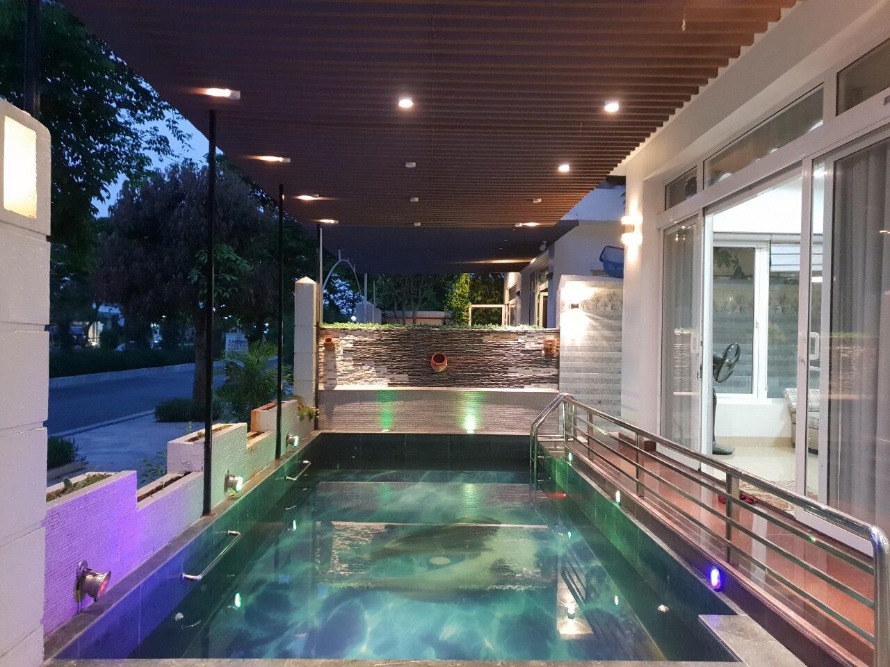 bể bơi villa 6 phòng ngủ