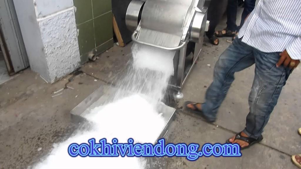 máy xay nước đá công suất lớn
