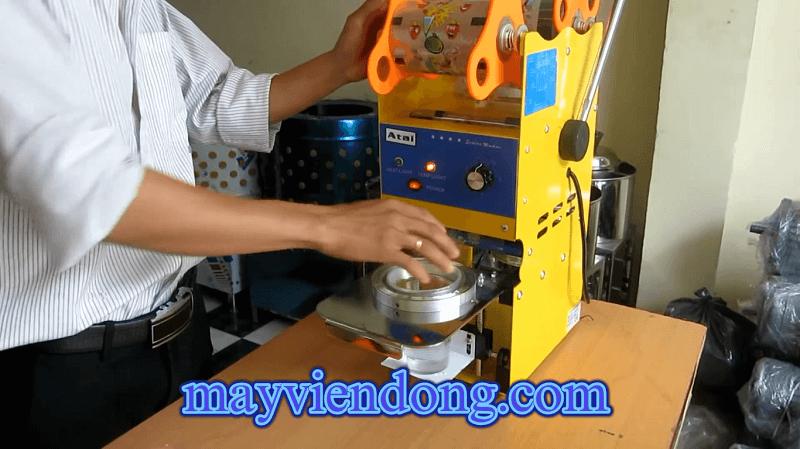 Cách sử dụng máy dập nắp cốc nhựa ATAI không số